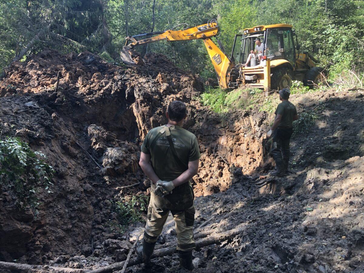 Тверские поисковики нашли место падения военного самолёта ДБ-3Ф