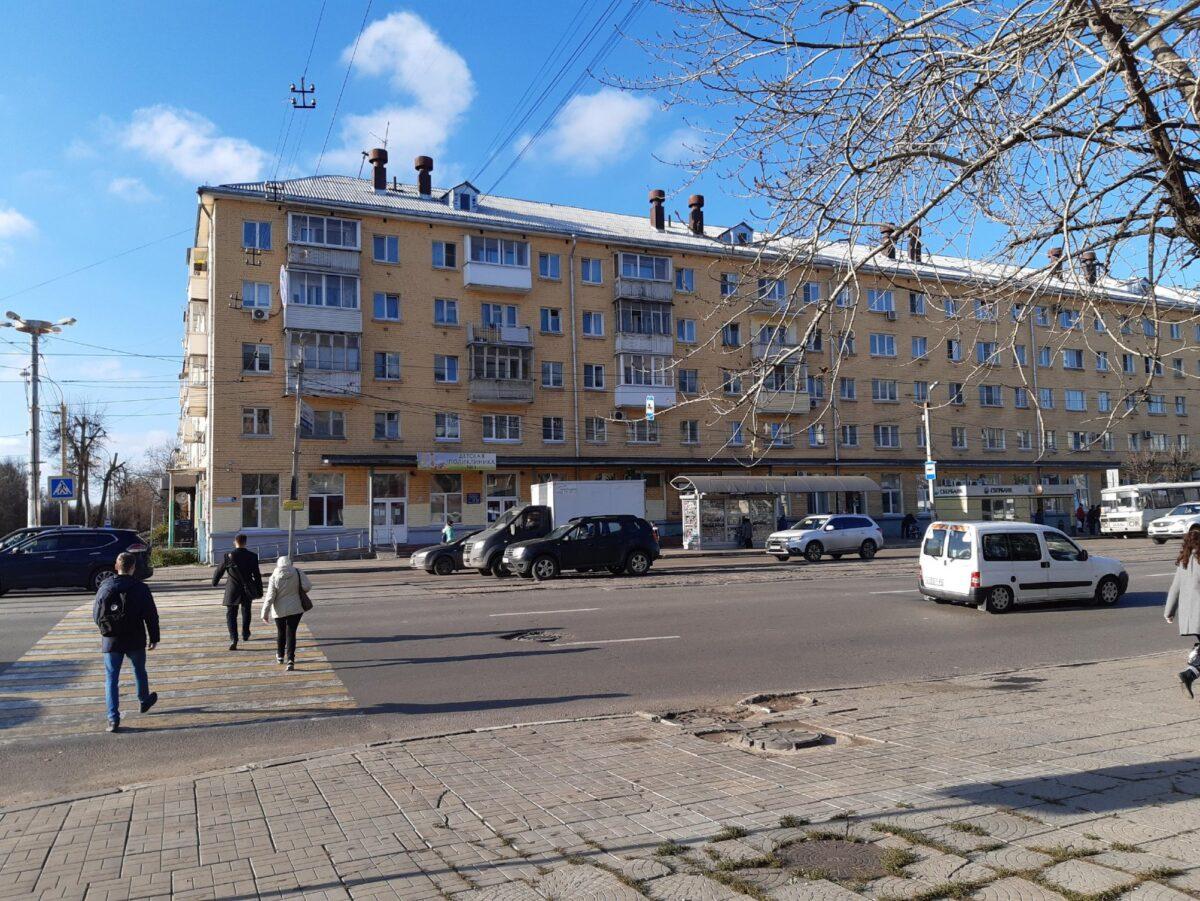 В Твери у Речного вокзала и детской поликлиники убрали пешеходный переход