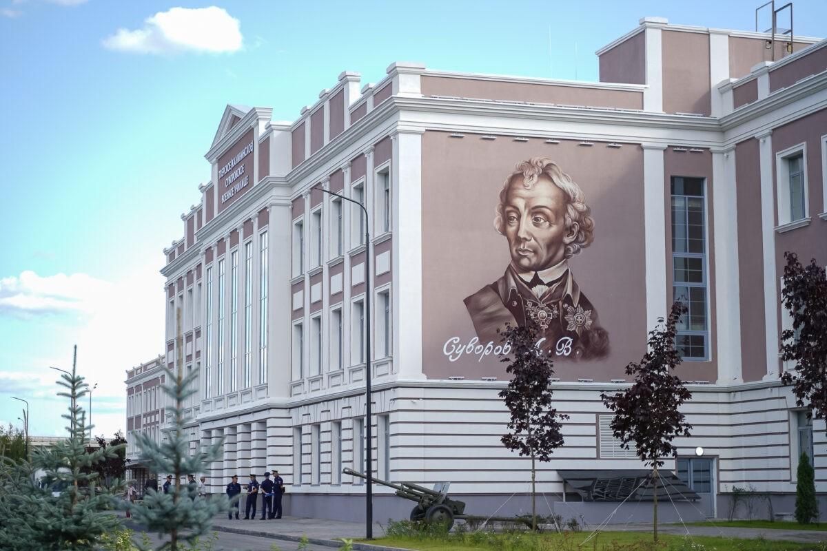 Стекло, бетон, уют: опубликованы фото нового корпуса Тверского суворовского училища