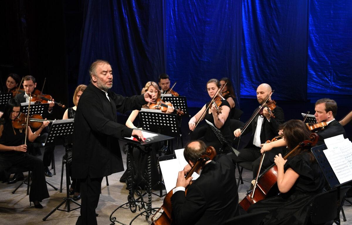 В Твери под открытым небом выступит оркестр Мариинского театра