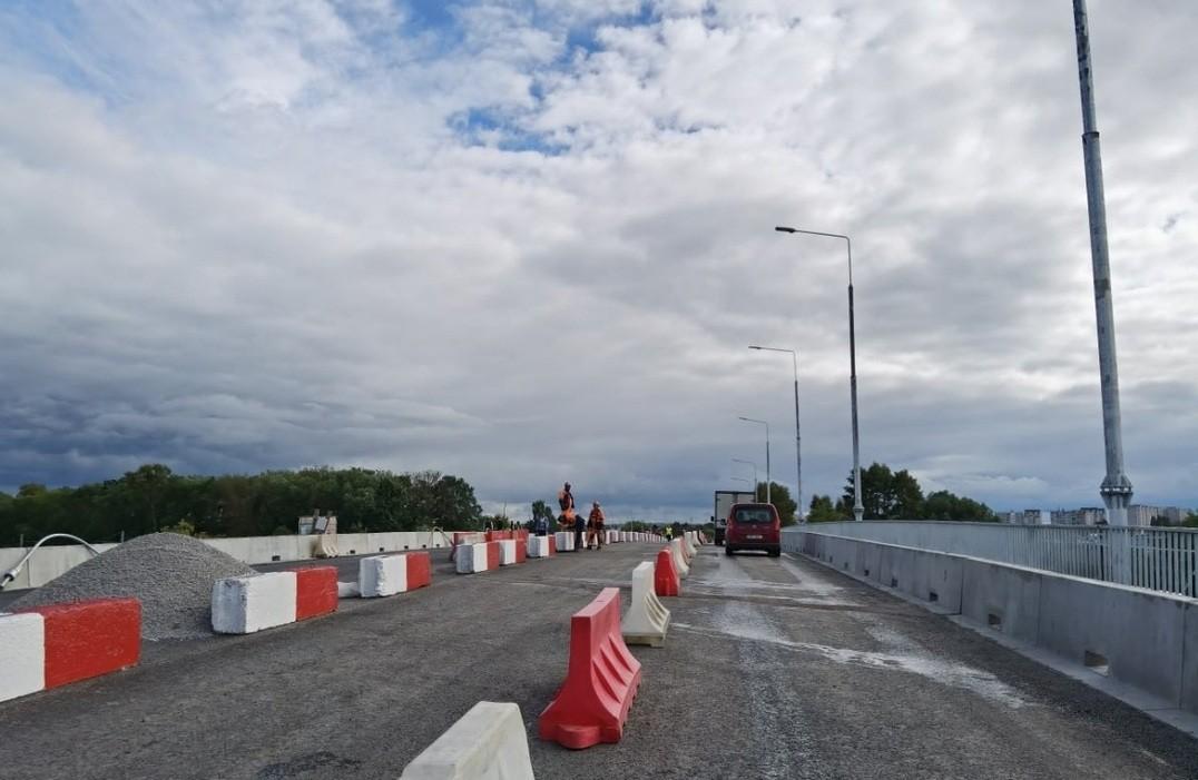В Твери открыли движение транспорта по Бурашевскому путепроводу