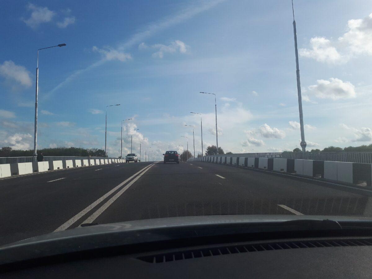 """В Твери """"крупский мост"""" полностью отдали автомобилистам и пешеходам"""