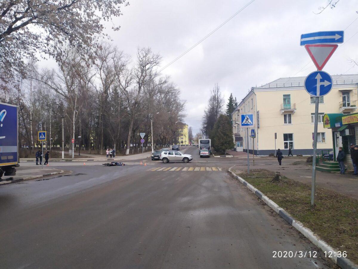 Водитель грузовика, который насмерть сбил мотоциклиста в Тверской области, отправится в колонию