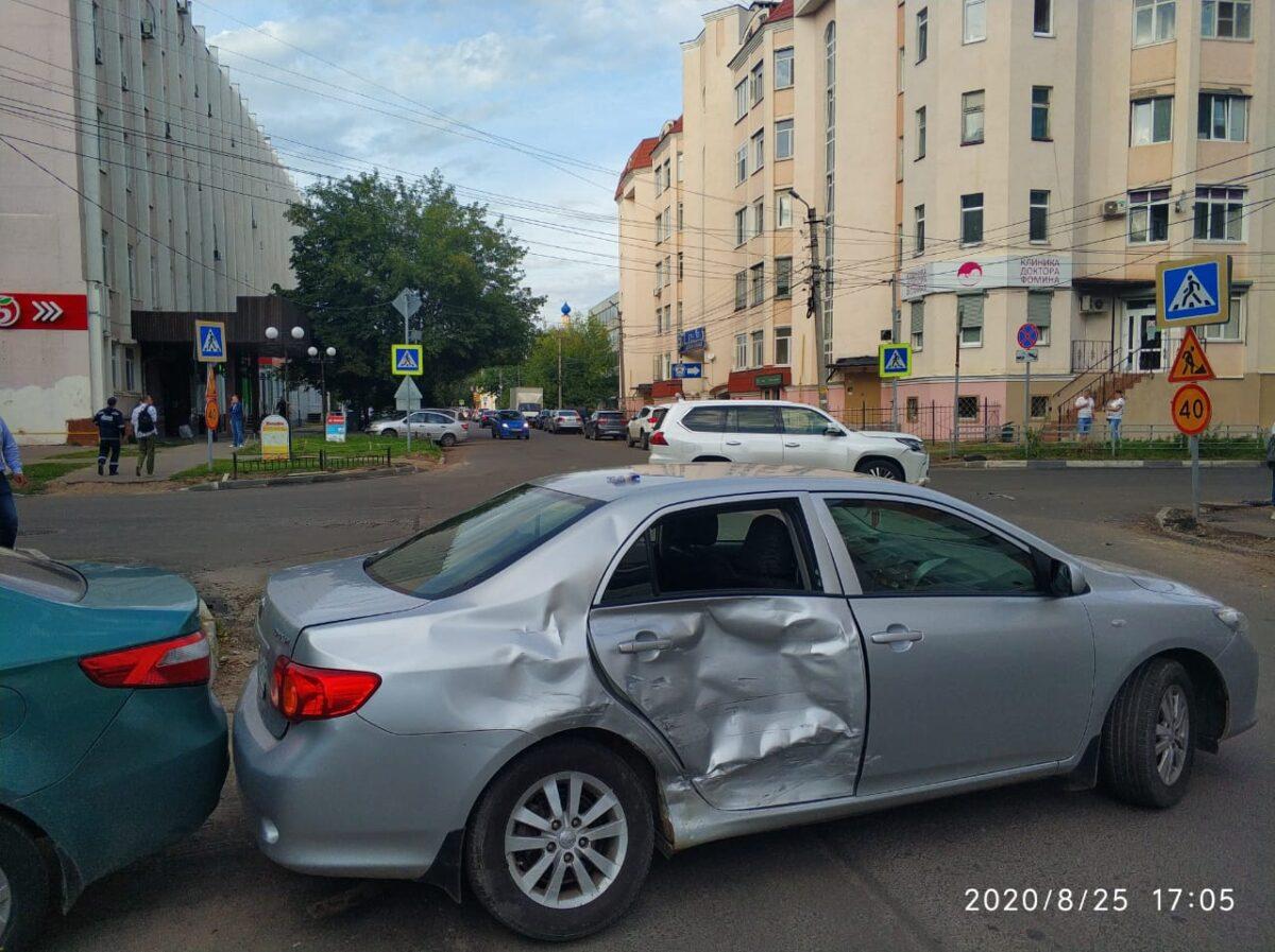 В Твери 11-летний мальчик пострадал в ДТП