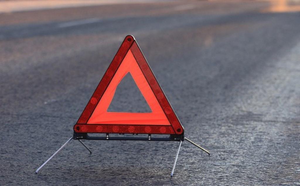 В Тверской области столкнулись две иномарки, пострадала пенсионерка