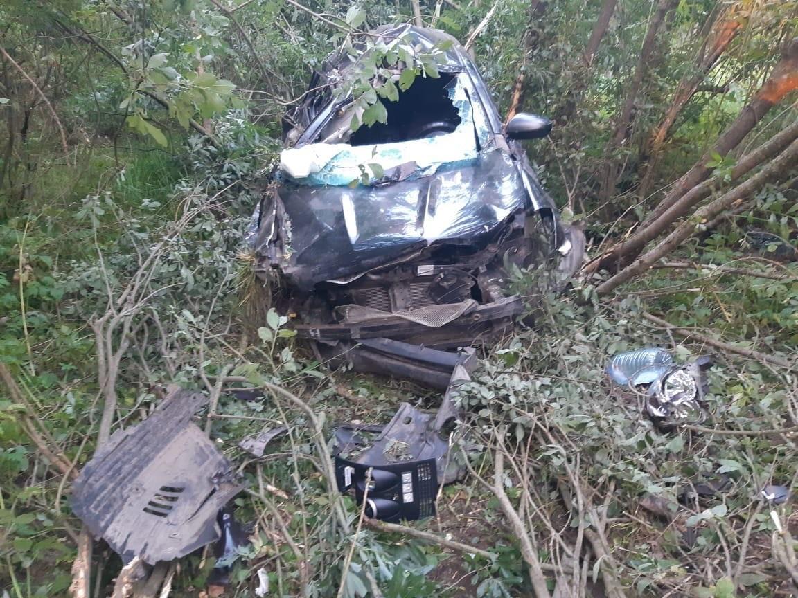 Пьяный водитель повредил голову, отправив под Тверью кроссовер в кювет
