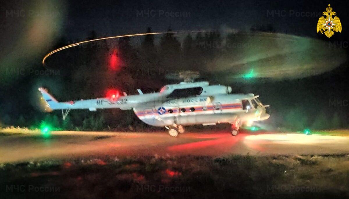 Ночью в больницу Твери по воздуху экстренно доставили двух детей