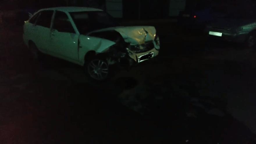 Пьяный парень протаранил в Твери три припаркованных машины