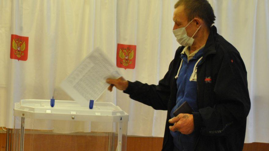 На выборах в Сандовском округе Тверской области «Единая Россия» взяла 15 мандатов из 15 возможных