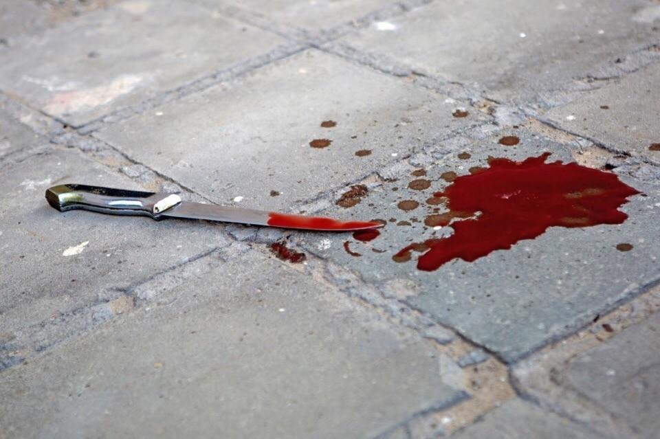 Житель Тверской области напился и зарезал человека