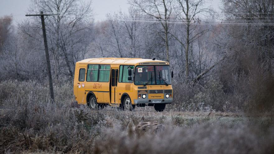 В Тверской области местная власть платит огромные штрафы за плохие дороги