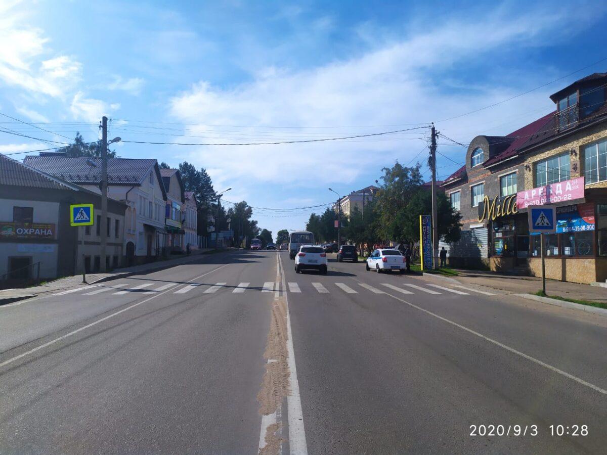 На пешеходном переходе в Тверской области мужчина пострадал от наезда иномарки