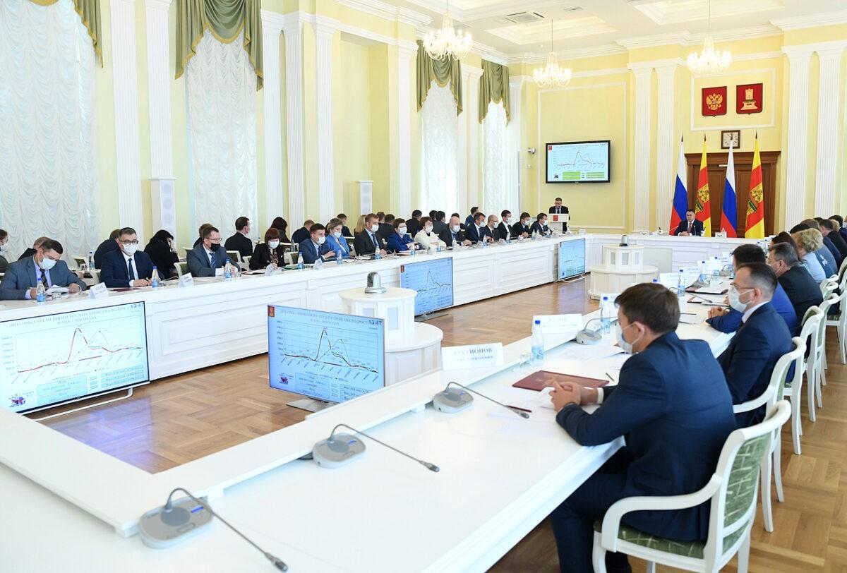 Больше 4500 подростков из Тверской области трудоустроились в 2020 году