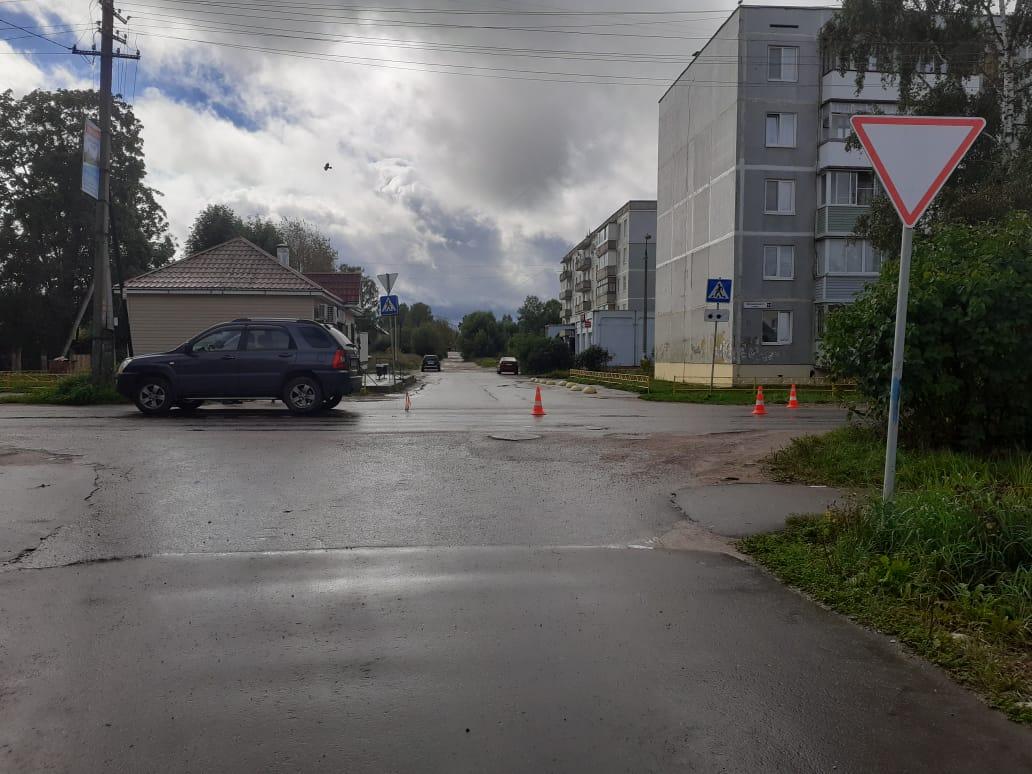 8-летнюю девочку сбили на дороге в Тверской области