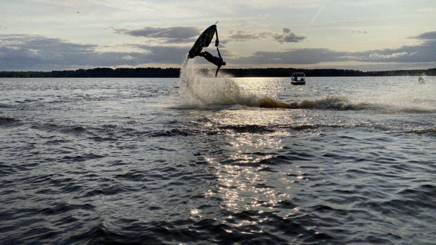 В Тверской области состоялось захватывающее водное шоу