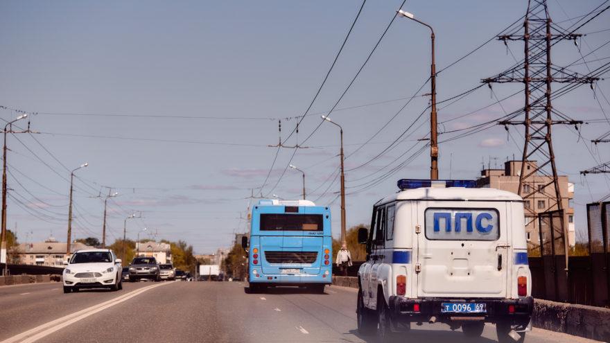 Утро в Твери началось с ДТП: никто не хотел уступать