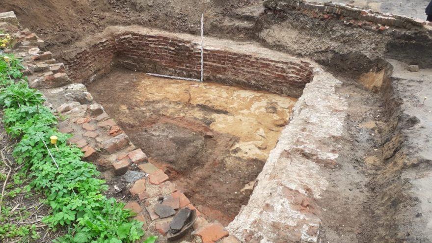В Твери во время раскопок нашли клад 18 века