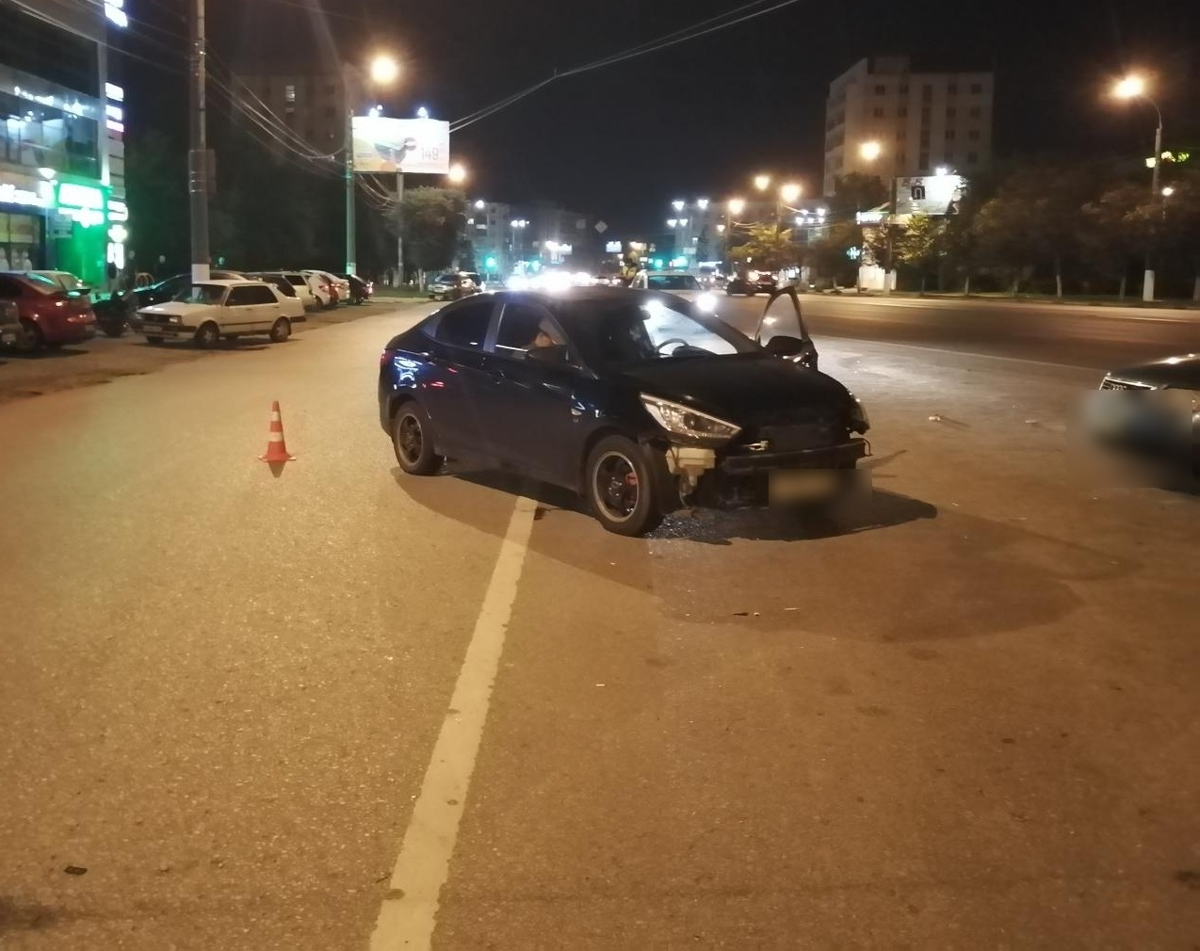 Молодой водитель без прав врезался в несовершеннолетнего мотоциклиста в Твери