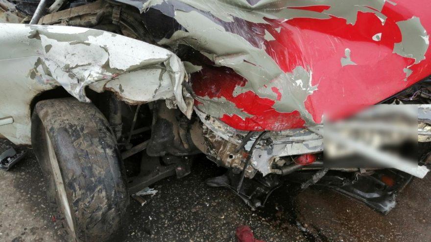 Два водителя попали в больницу в Тверской области из-за отказа уступить
