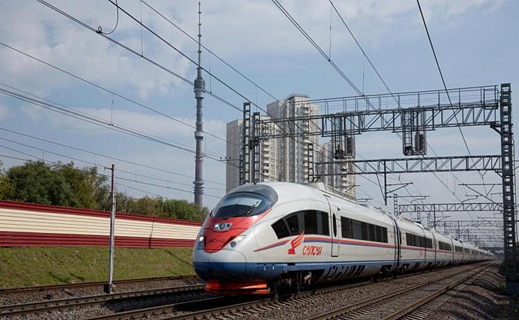 Погибший в Тверской области мужчина слишком близко подошел к поезду