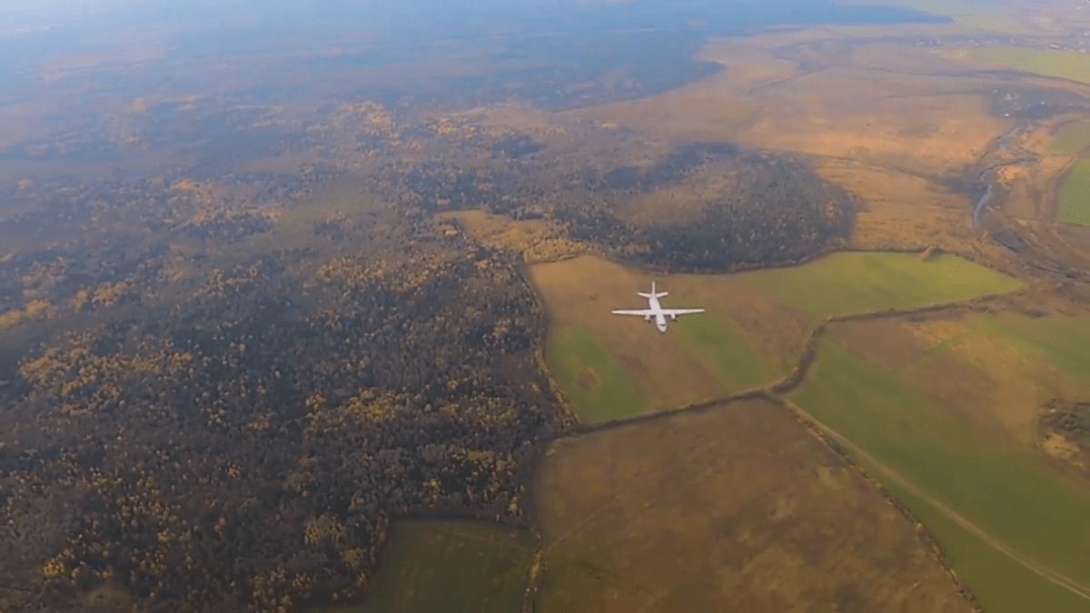В Тверской области самолеты поднялись в небо всего на 50 метров