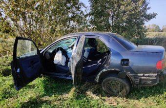 Женщина-водитель чудом не пострадала в ДТП в Тверской области