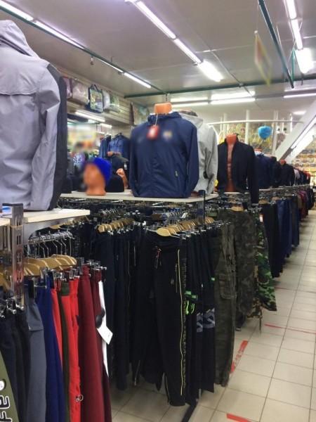 В Твери торговали контрафактом - одеждой, часами и парфюмерией