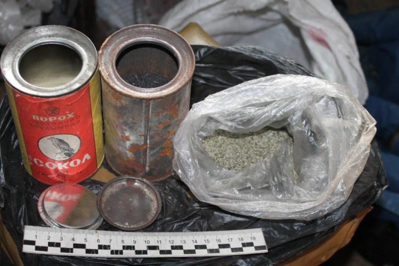 В Тверской области наказали мужчину, хранившего порох во всех своих домах