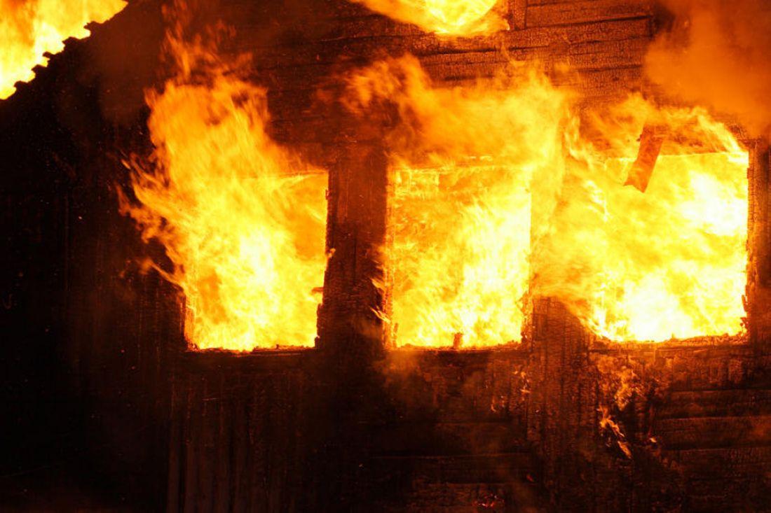 Пьяная женщина из неприязни подожгла дом в Тверской области