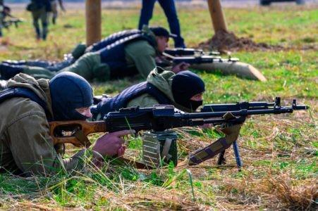 Губернатор Игорь Руденя поздравил военнослужащих и ветеранов гражданской обороны с профессиональным праздником