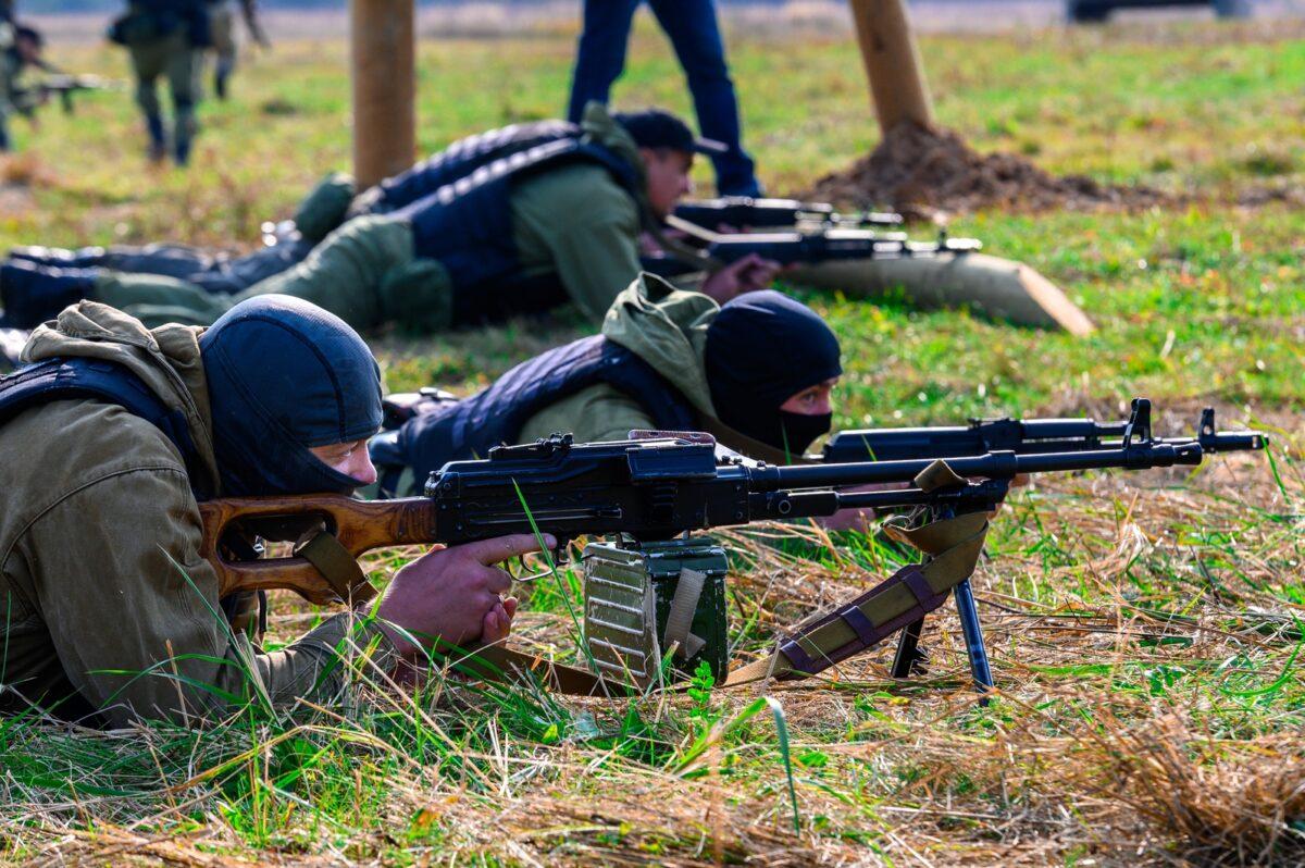 Опубликованы фото и видео с учений спецназа под Тверью