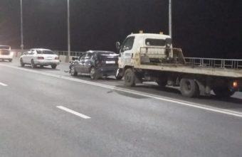 4-летняя девочка пострадала в Твери из-за водителя эвакуатора