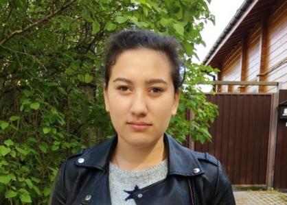 Девушка Королина пропала в Тверской области, выйдя из общежития