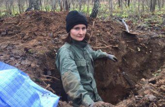 Поисковики нашли под Ржевом красноармейцев в валенках и тулупах