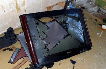 Житель Тверской области убил собутыльника, который нечаянно уронил телевизор