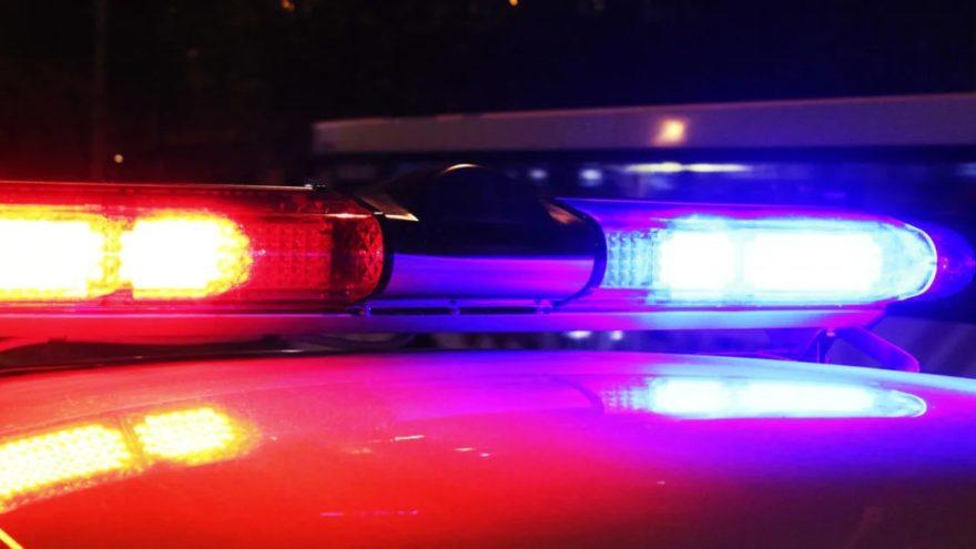 Мужчина погиб под колёсами автомобиля на трассе в Тверской области