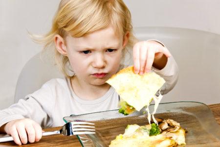 В Тверской области детей кормили просроченными продуктами