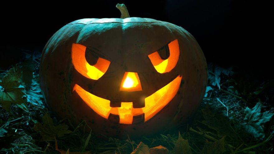Чёрная водка и бедные дети: топ-5 неизвестных фактов о Хэллоуине