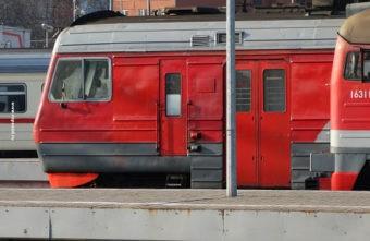 Жителя Тверской области сняли в Москве с поезда пьяного и с наркотиками