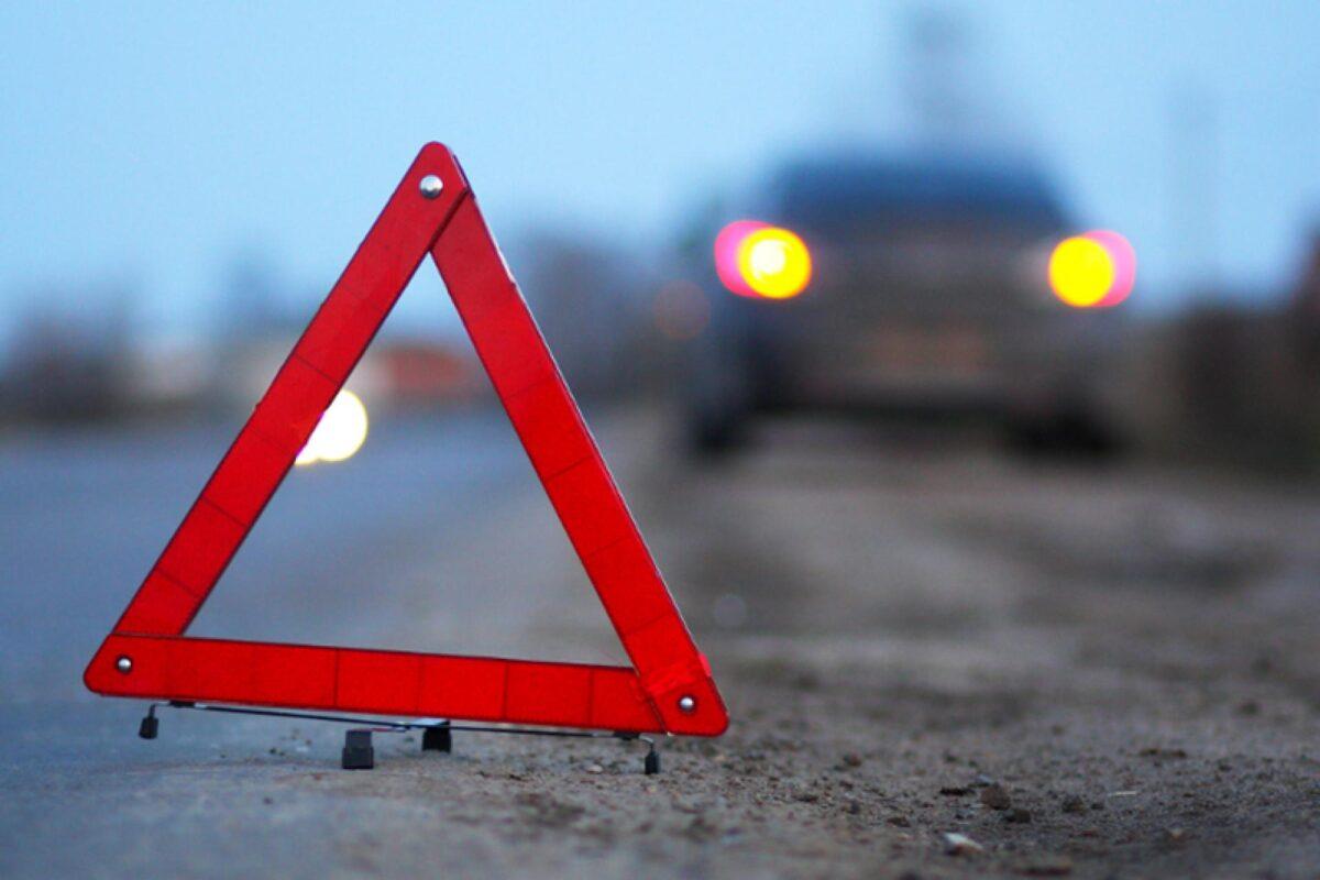 53-летний водитель в Тверской области повредил позвоночник в аварии