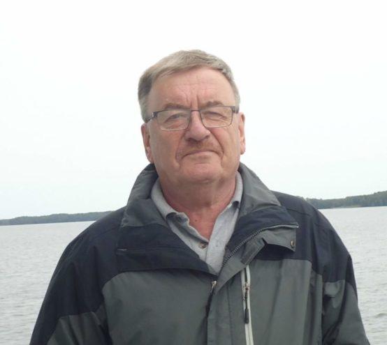 Регалии ему не важны: в Тверской области коронавирус забирает лучших