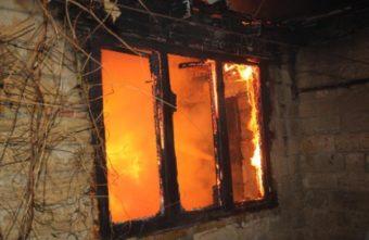 Под Тверью в огне погибла 43-летняя женщина