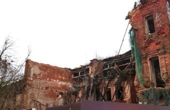 Собственник полуразрушенного памятника архитектуры в Тверской области создал сайт его восстановления