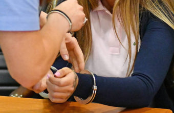 Участница ОПГ, занимавшаяся производством наркотиков в Тверской области, осуждена на 9 лет