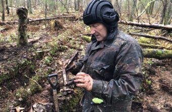 Фрагменты упавшего бомбардировщика сержанта Новожилова подняли в Тверской области