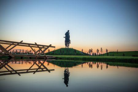 На мемориале в Тверской области по-новому исполнят знаменитую песню «Журавли»
