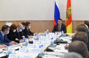 Ремонт и совершенствование: в правительстве Тверской области обсудили ситуацию в регионе