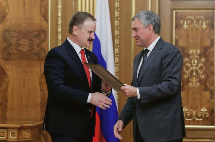 Тверского депутата Сергея Веремеенко наградил Председатель Государственной думы