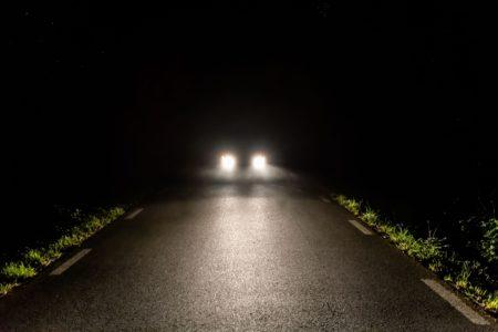 В Тверской области ищут водителя, чуть не убившего молодого парня