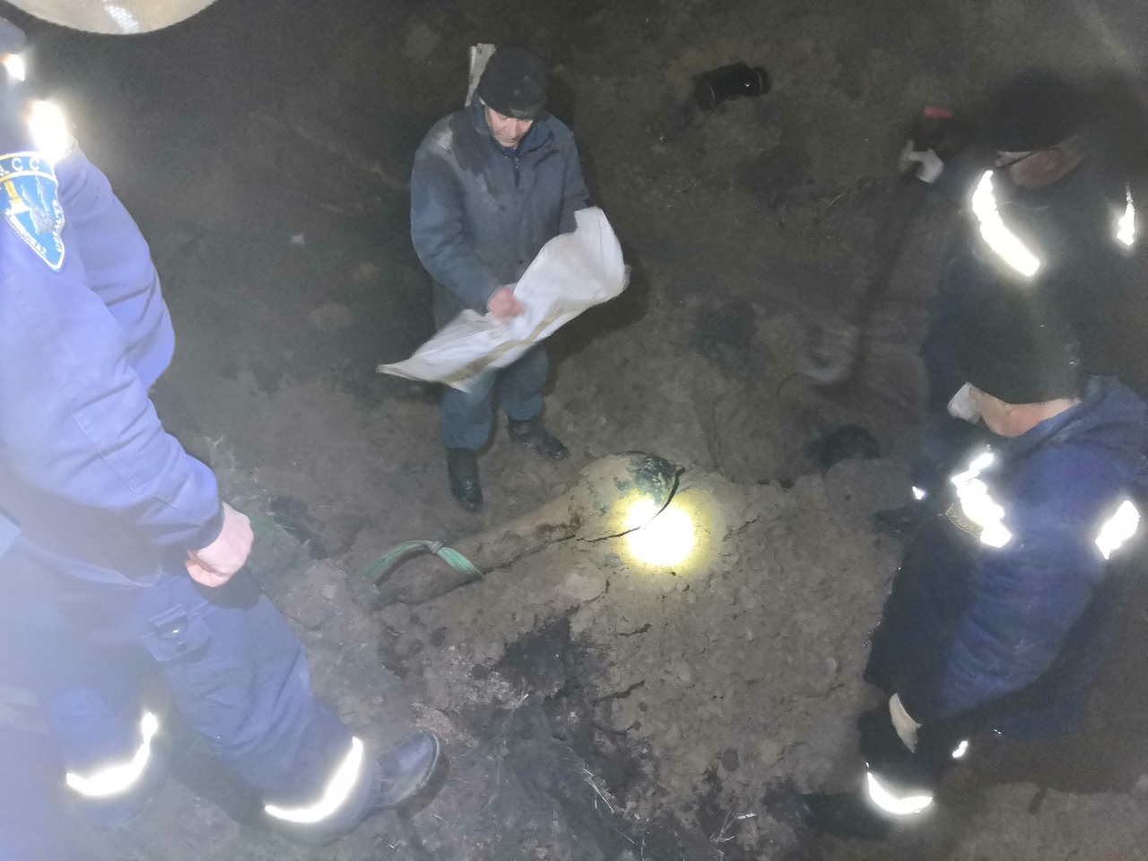 Рабочие нашли 70-килограммовый реактивный фугас под землёй в Тверской области